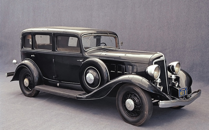 1931 REO Royale 8 Model 35 Sedan